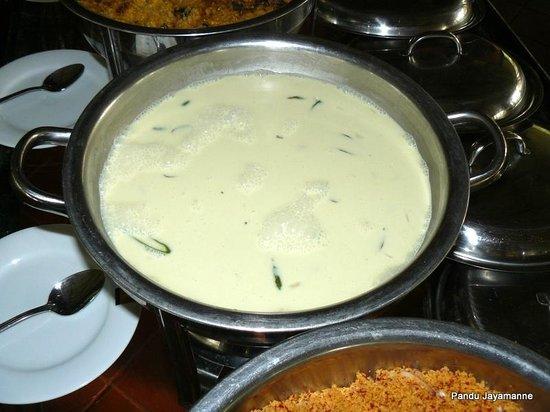 Hotel Mihintale: Coconut gravy or 'Kiri hodi'