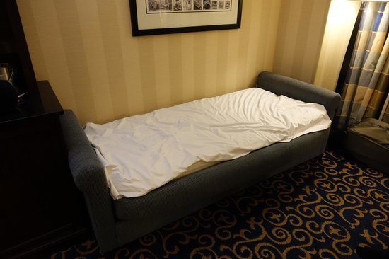 Single sofa bed picture of disneyland hotel anaheim for Hotel room with sofa bed