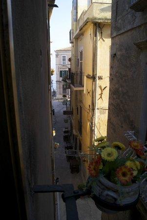 Donnaciccina Accomodation: Вид из номера
