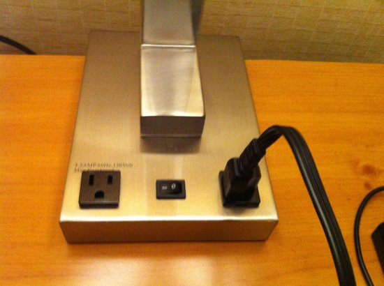 Quality Inn : Additional outlets on fixture bases is a big plus these days.