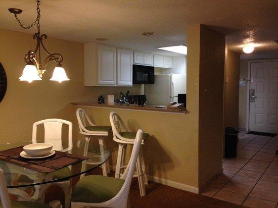 Orlando International Resort Club: Kitchcen Dining area