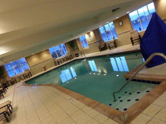 Hampton Inn & Suites Fairbanks: hotel pool area - heated