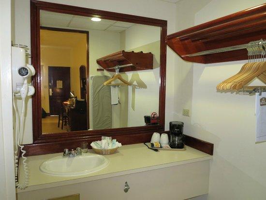 BEST WESTERN Belize Biltmore Plaza Hotel: Room