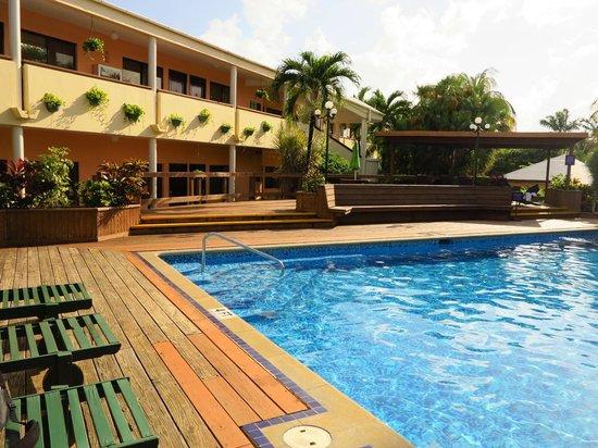 BEST WESTERN Belize Biltmore Plaza Hotel: Pool