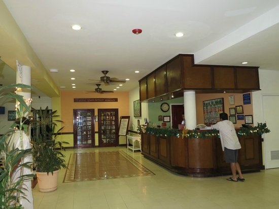 Best Western Plus Belize Biltmore Plaza: Lobby