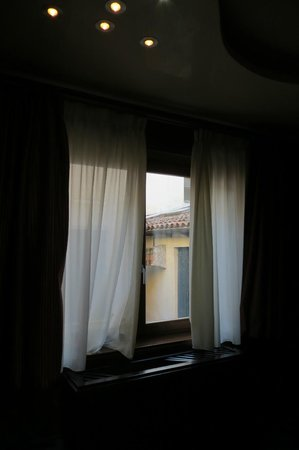 Abbazia Deluxe: Our bedroom window