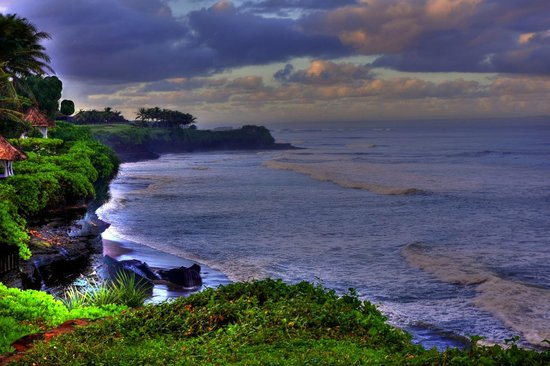 Pan Pacific Nirwana Bali Resort: The view of the sea from the edge of the cliff