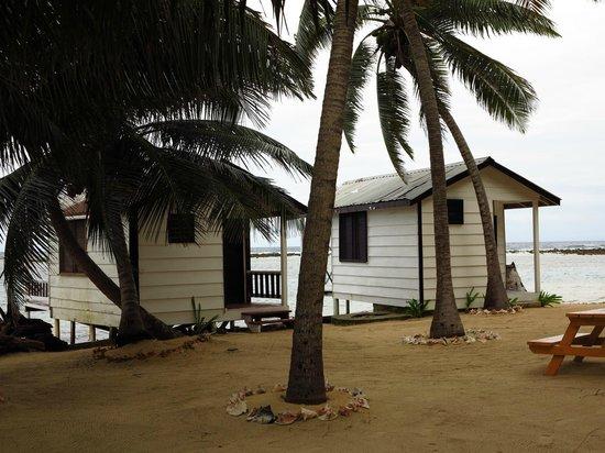 Tobacco Caye Paradise: Cabins