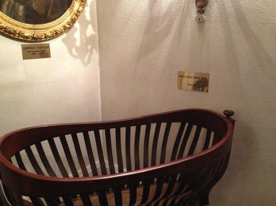 Hotel Negresco: stairs with arts