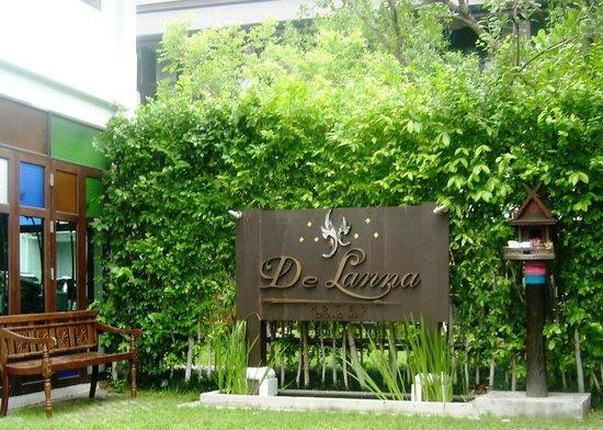 De Lanna Hotel, Chiang Mai: The sign..De Lanna.