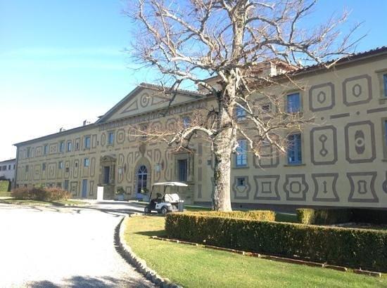 Villa Le Maschere: mattina di capodanno alle maschere