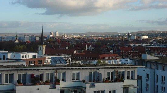 Brühlerhöhe: Blick aus der Juniorsuite über Erfurt