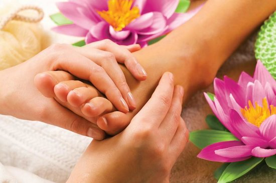 Art Massage Phuket : Foot Massage at Vayo Massage