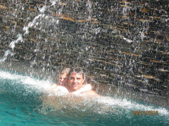 Marina Villa : piscina