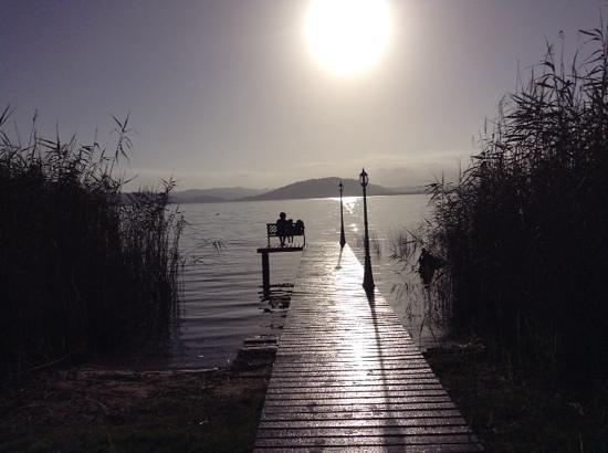 Lakeside Lodge & Spa: Sunrise