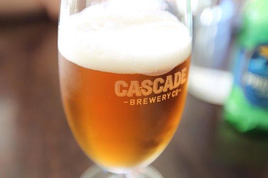 Flight Restaurant: Local beer