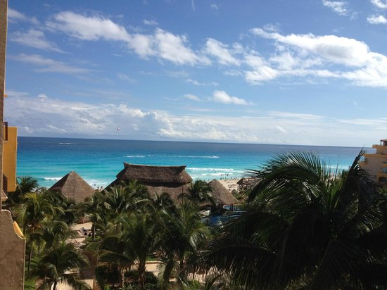 Fiesta Americana Condesa Cancun All Inclusive: View from the balcony when looking at an angle