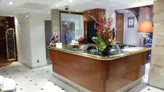 Check-in at Hotel La Perle
