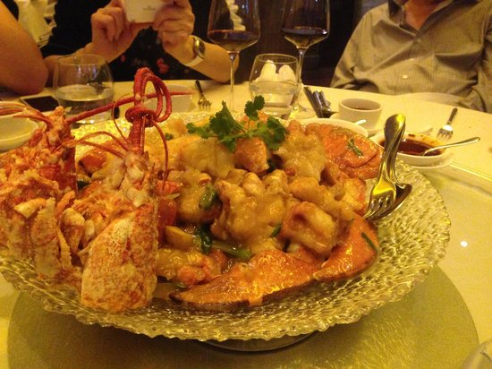 Royal China Club : Lobster noodle- quite delicious