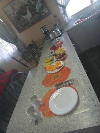Aniva's Place : Breakfast