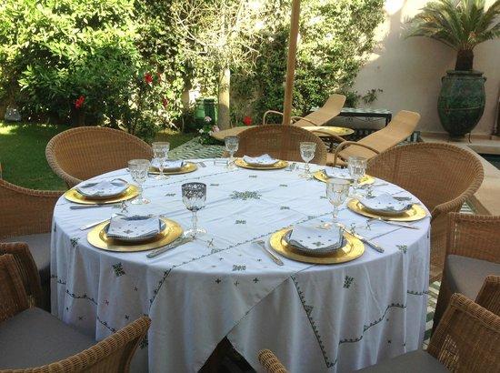 Riad Laurence Olivier: dejeuner terasse