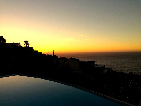 52 De Wet: Pool: sunset