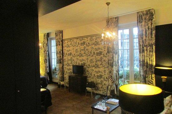 Saint James Paris: Room