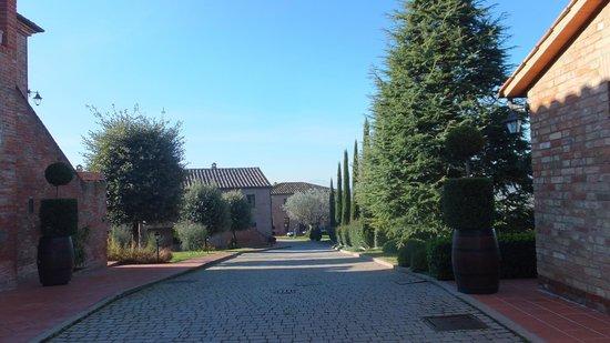 Borgo Tre Rose: Interno borgo