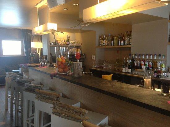 Le Grand Aigle Hotel : Le bar
