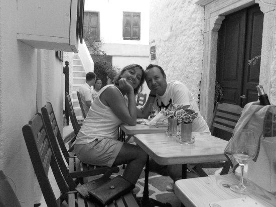 LA VIGNE WINE BAR & FOOD: Bianco e nero...