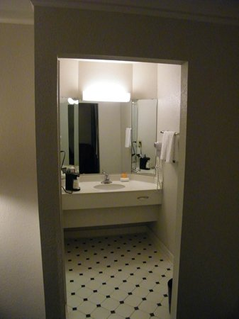 La Quinta Inn Bakersfield South : bath
