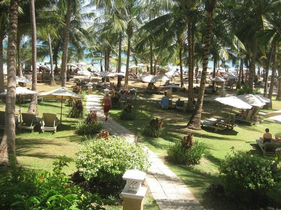 Cape Panwa Hotel: The private beach of the hotel
