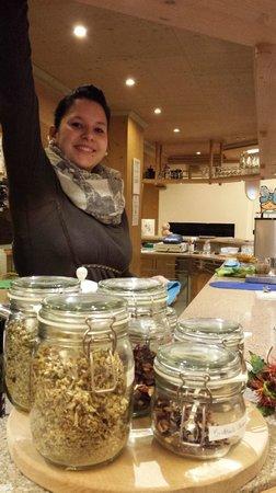 Residence Pralongo: al bar cordialità e simpatia