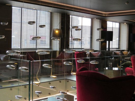 Hotel Ambasciatori: Piano room