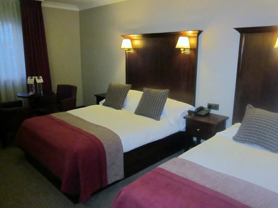 Clayton Hotel Ballsbridge: Comfortable Upgraded Room