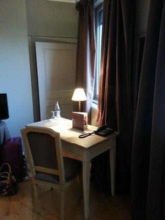 Hôtel Le Sauvage : la chambre