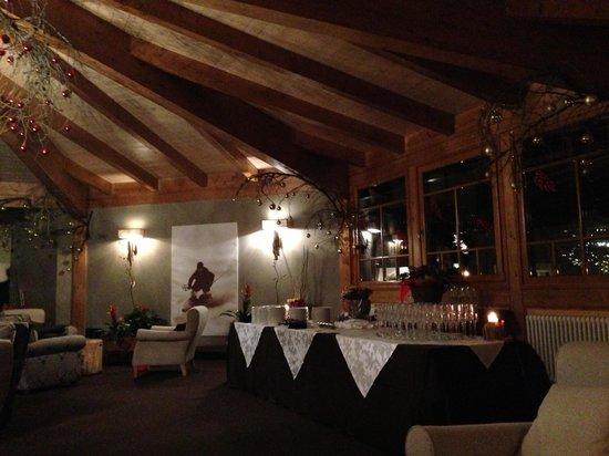Family Hotel Gran Baita: Sala Ottagonale pronta per il brindisi di fine anno