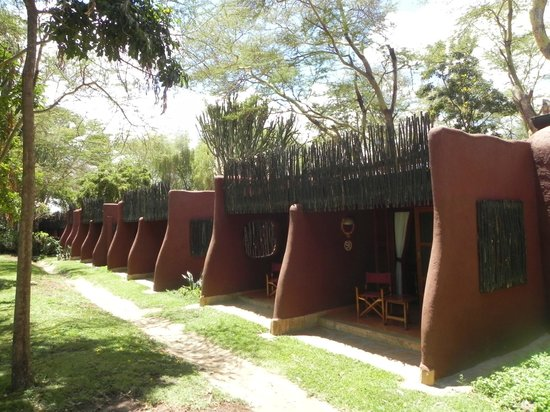 Amboseli Serena Safari Lodge: Rooms with backyard garden