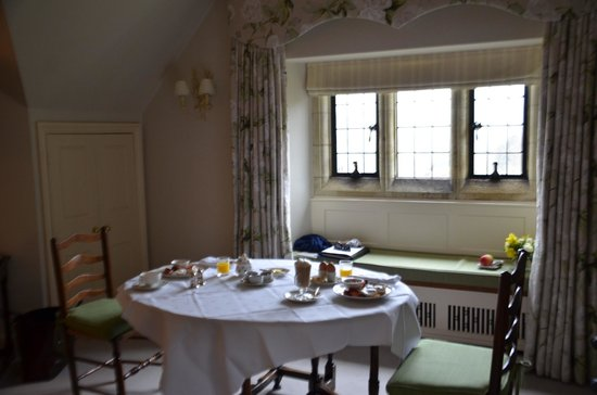 Gravetye Manor Hotel and Restaurant: Breakfast table in our room