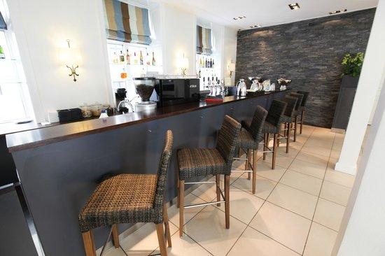 Hotel Kong Arthur: The hotel bar & café