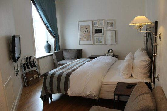 Hotel Kong Arthur: Example of a standard double room
