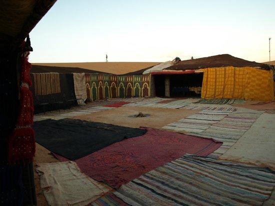Palais des dunes: Haimas en el desierto