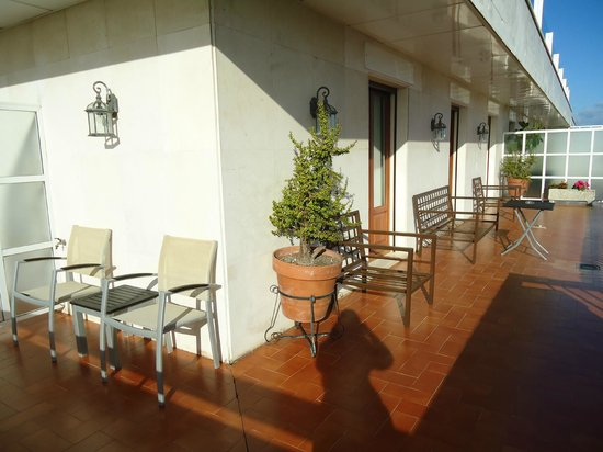 Hotel Inglaterra: Balcón