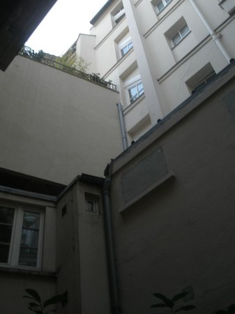 Hotel Residence Chalgrin : vista dalla camera