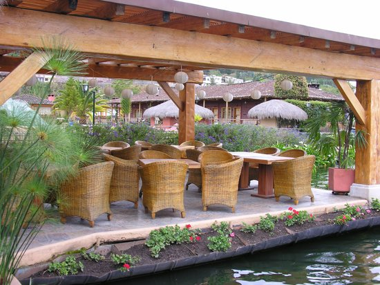 Hosteria Cabanas del Lago: launch on the lake....