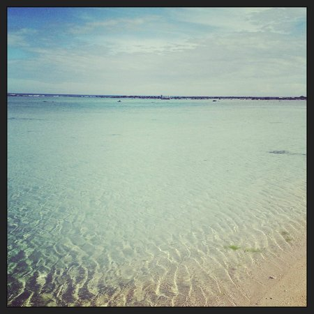 Villas Caroline : Calm water