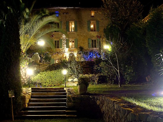 La Bastide des Anges : the house by night