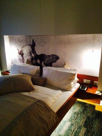 Sheraton Berlin Grand Hotel Esplanade: Schlafzimmer