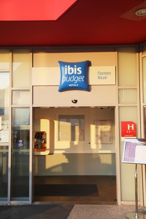 ibis budget nantes reze aeroport updated 2017 hotel reviews price comparison france. Black Bedroom Furniture Sets. Home Design Ideas