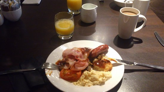 Holiday Inn Winchester: A very good breakfast